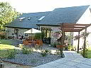 Beudy Bach Bed And Breakfast, Bed and Breakfast Accommodation, Llanelli