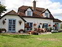 Latchetts Cottage B&B, Bed and Breakfast Accommodation, Gatwick