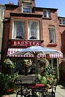 Brontes Guest House, Guest House Accommodation, Scarborough