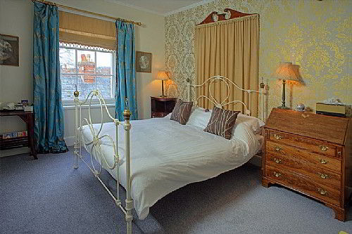 One of our stylish Double Bedrooms