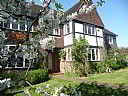 Forest Lodge Bed & Breakfast, Bed and Breakfast Accommodation, Wimbledon