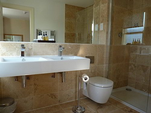 Room 5 Luxury en-suite with walk-in shower, with power shower, heated floor, heated towel rail