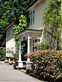 Burwood House, Small Hotel Accommodation, Camberley