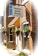 Taylors Guesthouse, Guest House Accommodation, Salisbury
