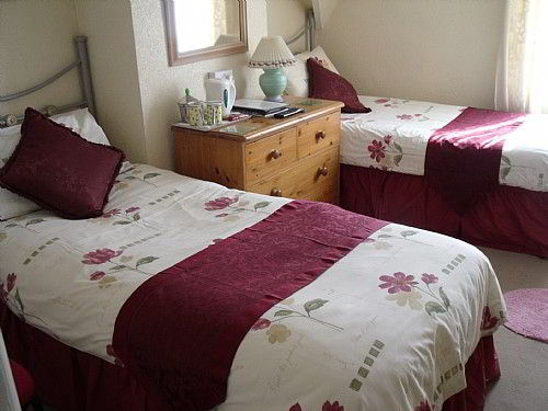 Bridlington Guest House, twin room