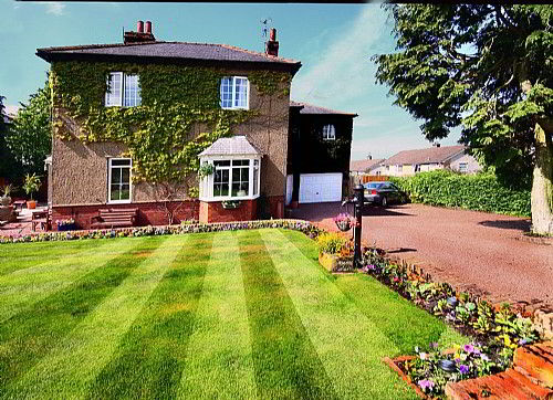 Reighamsyde House situated within half an acre of well maintained gardens with off road parking