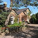 The Old School House B&B, Bed and Breakfast Accommodation, Neston
