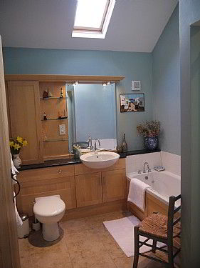 one of our spacious on suite bathrooms
