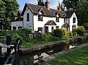 Lock House Bed And Breakfast, Bed and Breakfast Accommodation, Burton Upon Trent