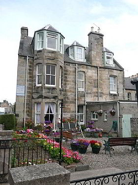 Exterior of Yorkston Guest House bed and breakfast in St Andrews, Fife