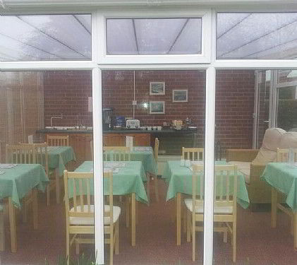 Bed and breakfast the poplars bridlington yorkshire for Bed and breakfast area riservata