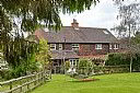 Quiet Village Home, Bed and Breakfast Accommodation, Maidenhead