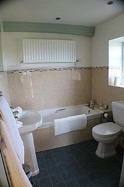 Ensuite bath room and shower