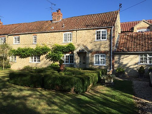 Bleet Cottage B&B, 15 miles from Bath