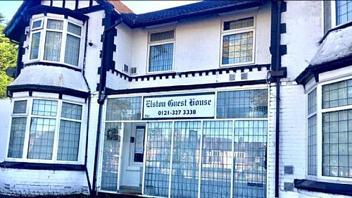 Elston Guest House. Great Location. Best Prices